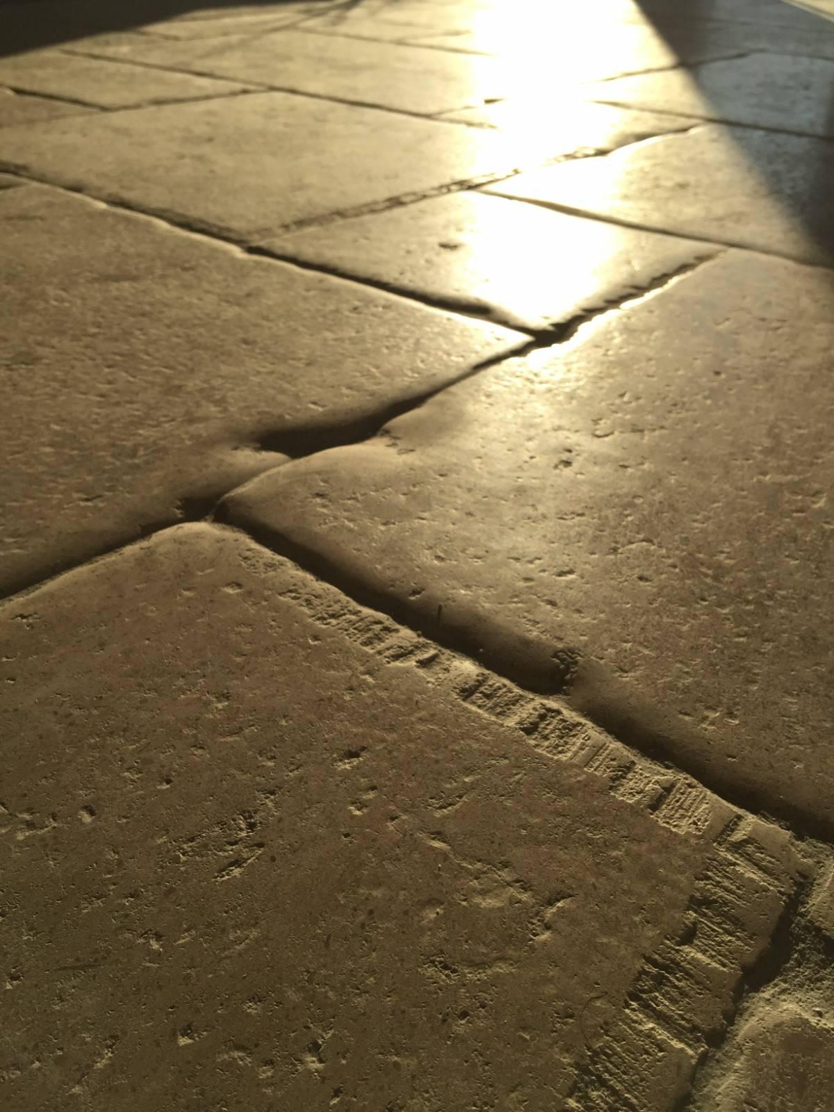 Bar En Pierre De Taille pierre ancienne de récupération valliguières dans le gard