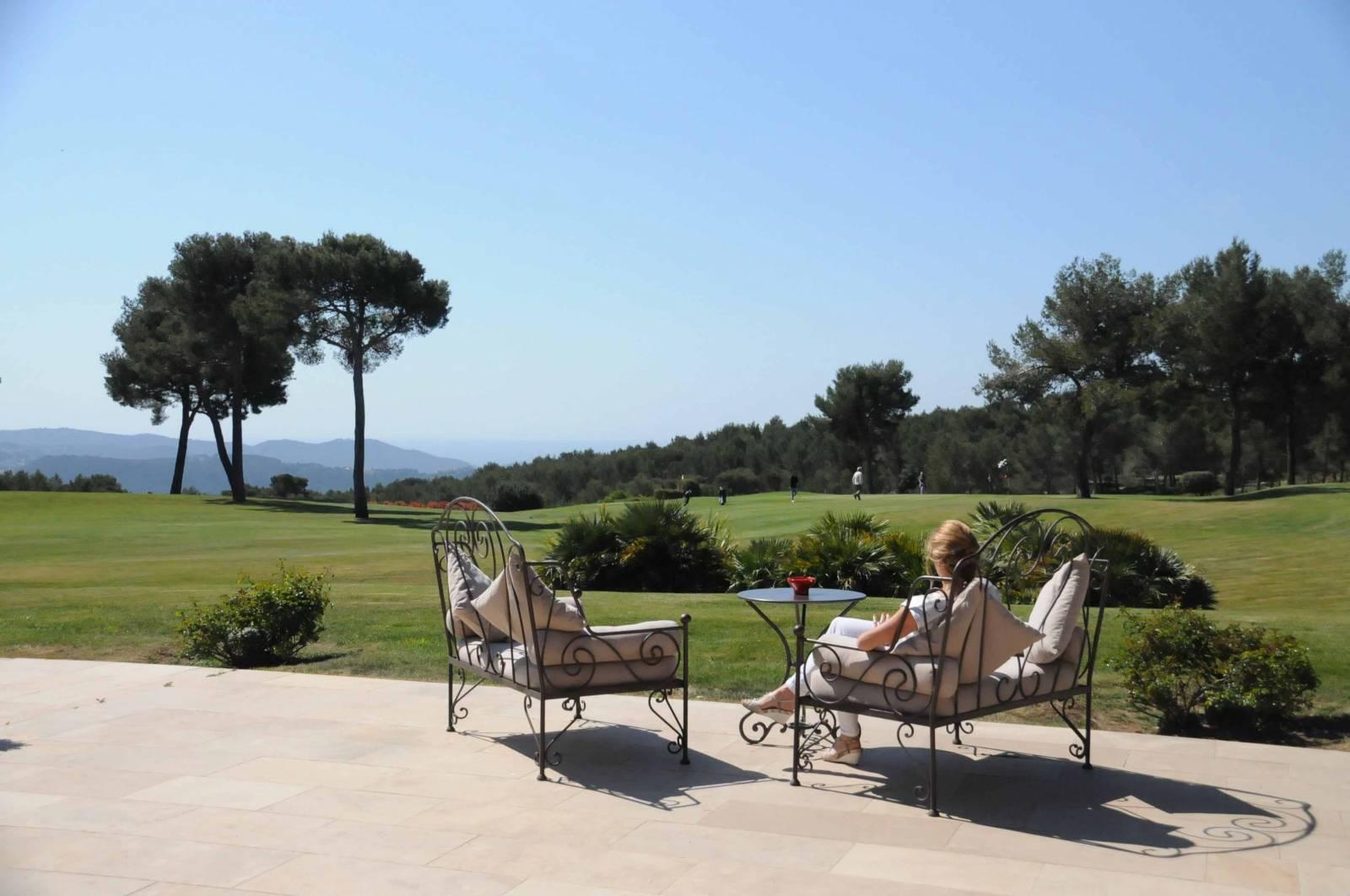 terrasse en pierre naturelle marseille taille et vente de pierres naturelles pr s de. Black Bedroom Furniture Sets. Home Design Ideas