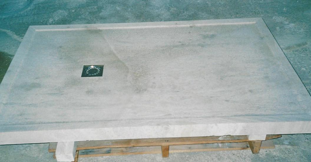 receveur de douche et bac en pierre naturelle gard 30. Black Bedroom Furniture Sets. Home Design Ideas