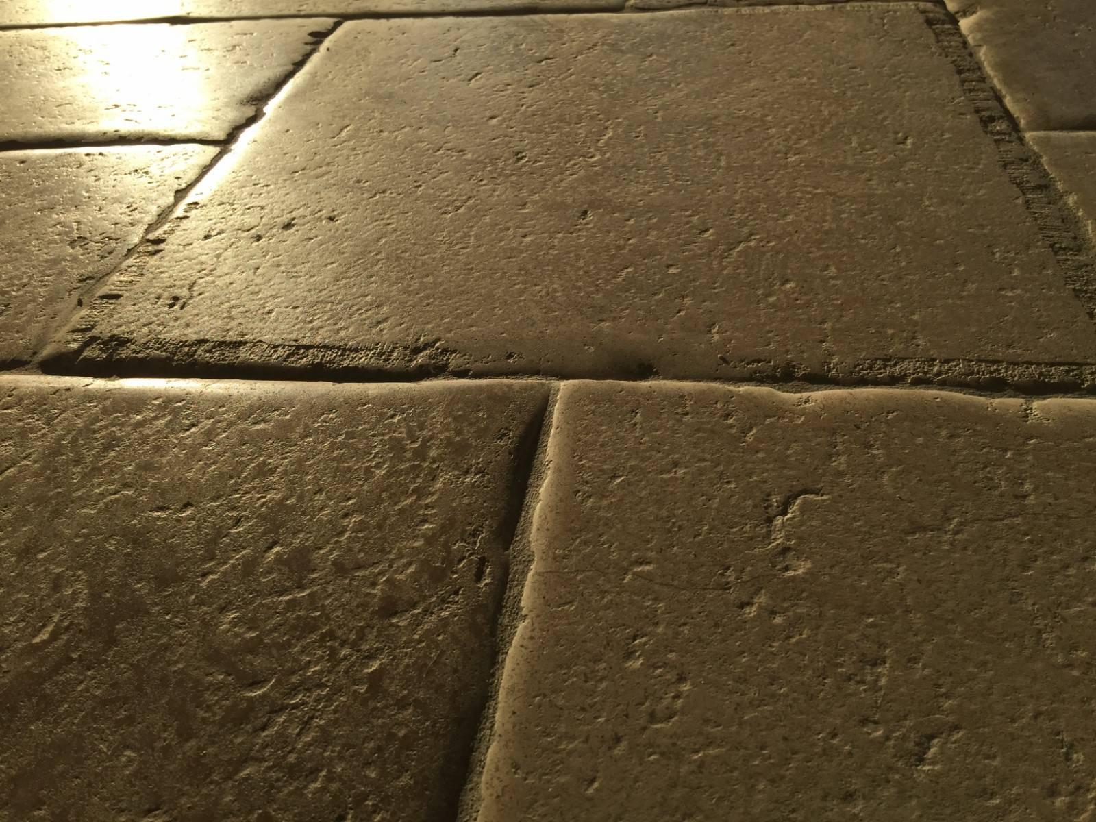pierre naturelle cavaillon saint remy de provence taille et vente de pierres naturelles pr s. Black Bedroom Furniture Sets. Home Design Ideas